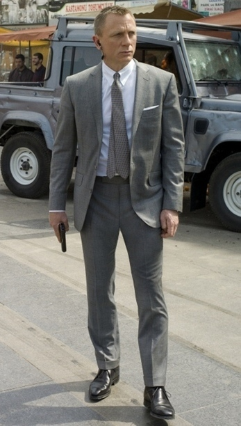 Skyfall Grey Suit In Celebrities Suits Scoop It