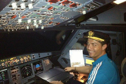 Ronaldo s'offre un avion pour beaucoup, beaucoup d'argent | General Aviation | Scoop.it