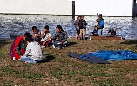 Une soixantaine de réfugiés tibétains dorment sous des tentes à Conflans | Revue de presse Conflans Ste Honorine | Scoop.it