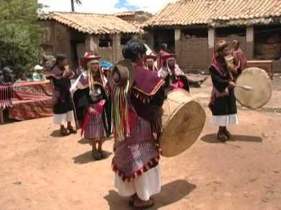 Pujllay and Ayarichi, music and dances of the Yampara culture - intangible heritage - Culture Sector - UNESCO | Writing, Research, Applied Thinking and Applied Theory: Solutions with Interesting Implications, Problem Solving, Teaching and Research driven solutions | Scoop.it
