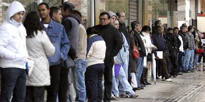 La crisis dispara un 22% la emigración española, en su mayoría jóvenes - elConfidencial.com   Fuga de Cerebros   Scoop.it