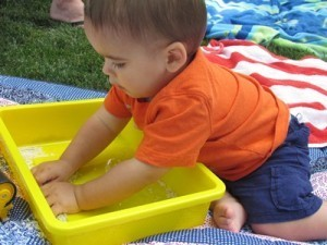 Early writing skills can be found in a tub of rice   Early Years Education   Scoop.it