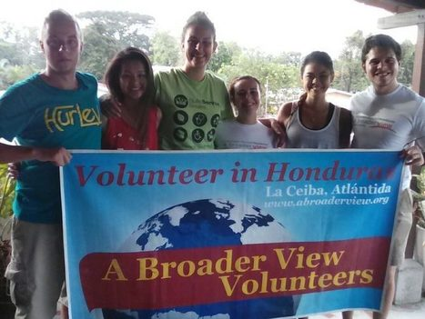 """The Best Pre-Medical / PreNurse Volunteer Internship opportunities in Central and South America 