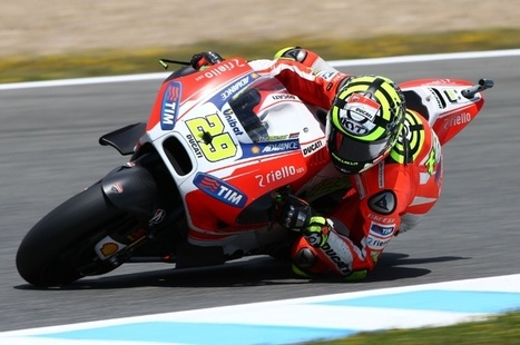 Shoulder checks for Iannone after testing fall | Ductalk Ducati News | Scoop.it