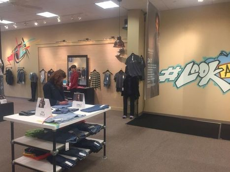 Legacy Village pop-up store offered cool T-shirts - and powerful message about homeless teens: Mark Naymik | nonprofits | Scoop.it