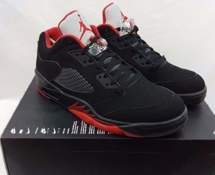pretty nice 392a0 67204 Nike Air Jordan 5 Retro Low Alternate V Size 10.5 Black Gym Red Shoes 819171 -001   eBay