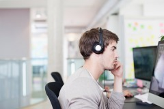 Does Listening to Music While Working Make You Less Productive? | Evernote And Personal Productivity Tools | Scoop.it
