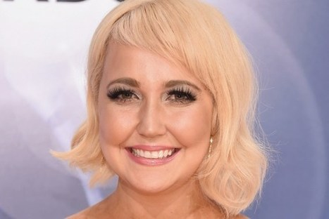 Meghan Linsey Shares 'Weird' Christmas Traditions | Country Music Today | Scoop.it