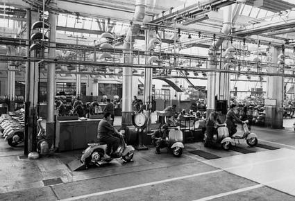 Piaggio factory test run | Vespa Stories | Scoop.it