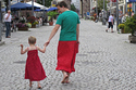 This Dad's Superhero Cape Is A Skirt | Gauche na vida | Scoop.it