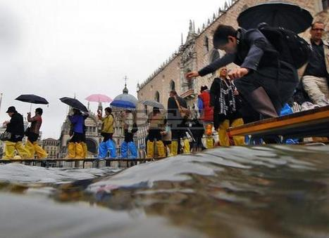 Venice and The Acqua Alta Season | Venetian Glass Home of Authentic Murano Glass | Scoop.it