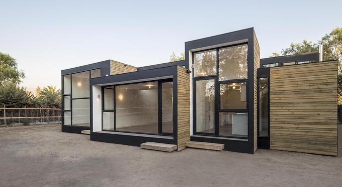 loic lachapelle construire tendance une construction modulaire en bois au design tr s. Black Bedroom Furniture Sets. Home Design Ideas