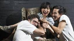 Sook-Yin Lee fuses movement, poetry, music, at SummerWorks - Globe and Mail | Poetry resources | Scoop.it