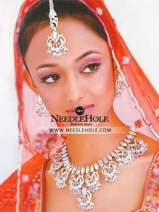 68a5d8f113 Asian wedding necklace jewelry set for bride Los Angeles USA | Pakistani  Bridal Dresses, Indian