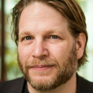 Chris Brogan: The Secrets to Standing Out Online | The Perfect Storm Team | Scoop.it