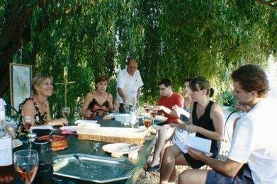 Une façon originale de vendre ses vins | Oenotourisme en Entre-deux-Mers | Scoop.it