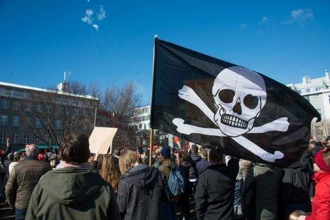 Islande: le Parti pirate à l'abordage grâce aux Panama Papers | Coopération, libre et innovation sociale ouverte | Scoop.it