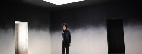 Rachida Brakni dans Je crois en un seul dieu de Stefano Massini, mise en scène Arnaud Meunier   Revue de presse théâtre   Scoop.it