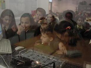 Los niños manejan bien los 'smartphones', pero no saben gestionar la información | Web 2.0 en la Educación | Scoop.it