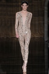 London Fashion Week Spring 2014: Julien Macdonald and Tom ... | I don't do fashion, I am fashion | Scoop.it