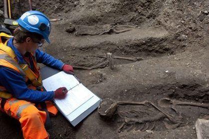 Londres : un cimetière datant de la peste noire retrouvé | Bibliothèque des sciences de l'Antiquité | Scoop.it