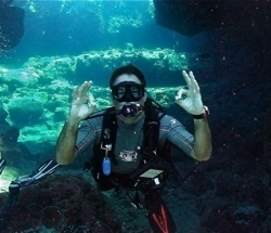 How many dives in your logbook? Keller Laros logged his 10000th #scuba dive! | scubadiving | Scoop.it