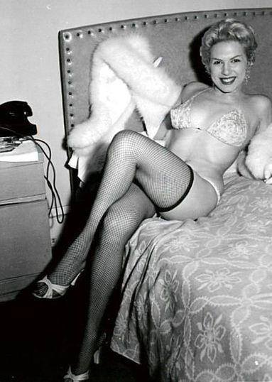 image Vintage erotica anno 1930 2 of 4