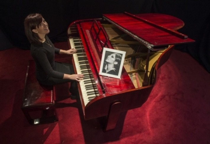 Barbara Streisand Art Deco piano up for auction in Edinburgh | Antiques & Vintage Collectibles | Scoop.it