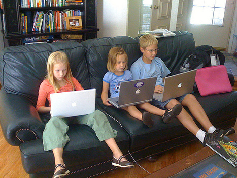 Pros and cons of digital devices in the hands of young students | Emerging Education Technology | Empowered eLearning communities | Scoop.it