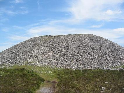 La Queen Maeve's Tomb - Guide Irlande.com   Mégalithismes   Scoop.it