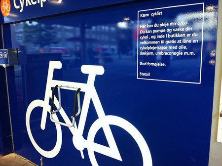 In Copenhagen, Gas Stations Morph Into Bike Repair Shops - Transportation - GOOD | Learning, Teaching & Leading Today | Scoop.it