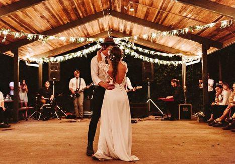 Top 10 Best Wedding Songs For 2017