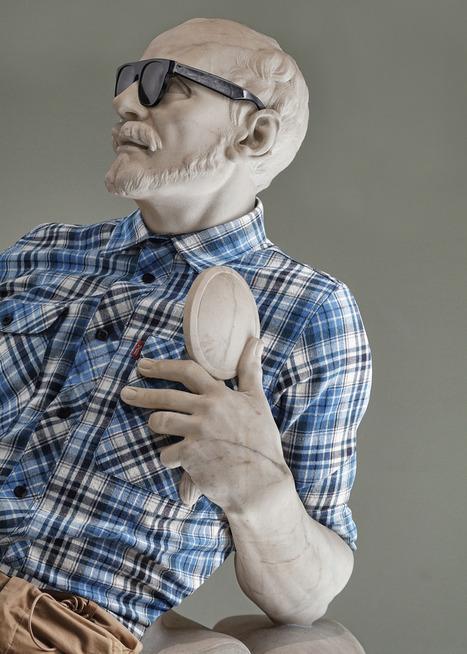Des sculptures du Louvre relookées façon hipster « Plein Ecran   Paris Secret et Insolite   Scoop.it