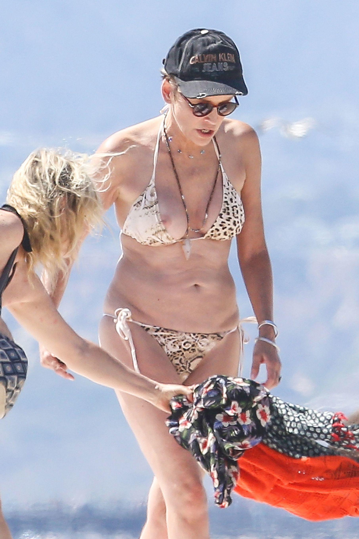 Bikini Leila Spilman nude photos 2019