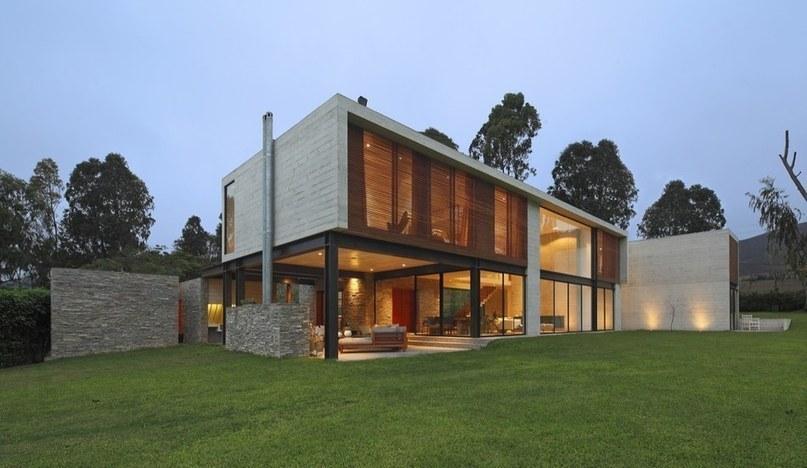 imposante maison contemporaine au m lang. Black Bedroom Furniture Sets. Home Design Ideas