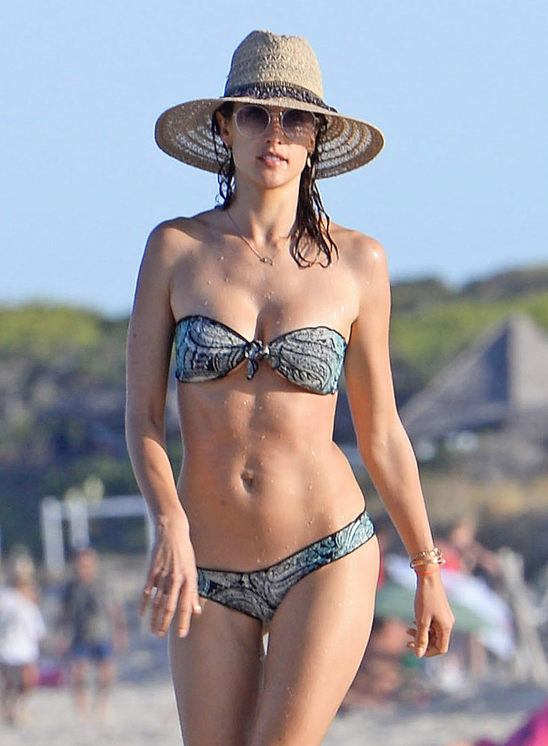 Bikini Leila Spilman nude (21 foto and video), Topless, Bikini, Feet, cameltoe 2019