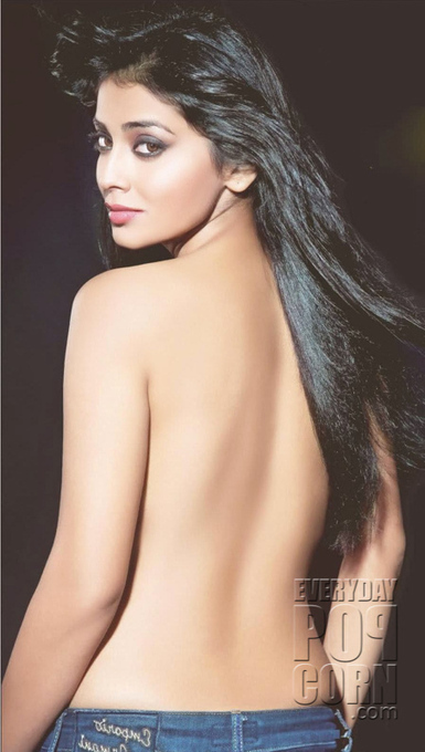 Sreya letest nude photos, bib boob alert