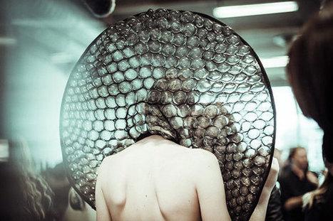 Fashion: Iris van Herpen vacuum packs models in plastic for her Biopiracy show (video) | Digital Design and Manufacturing | Scoop.it