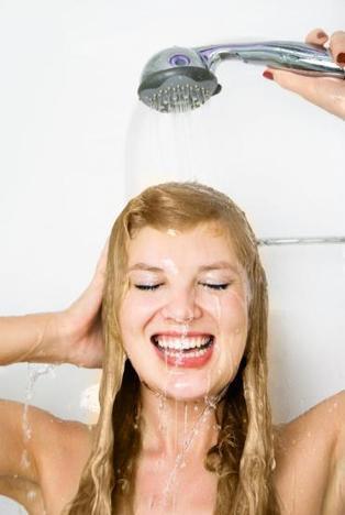 Maison : 16 gestes simples pour économiser l'eau au quotidien | Mémo-notes de Melodie68 | Scoop.it