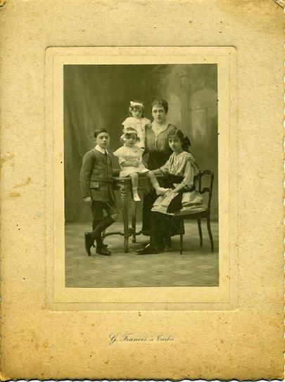 Degrés de parenté: Photo de famille | Chroniques d'antan et d'ailleurs | Scoop.it