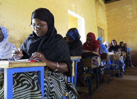 Voci di donne dal Nord Mali dominato dai gruppi radicali.   Au Mali entre Développement et Guerre   Scoop.it