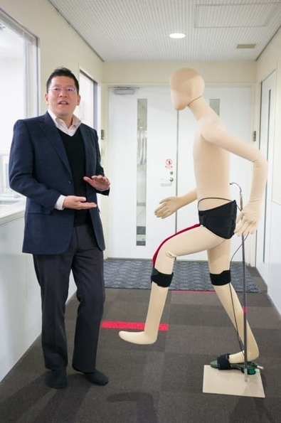 Japanese exoskeleton could help users walk and run, no batteries required | Sports Info | Scoop.it