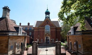 UK: Oxford college sued over using 'selection by wealth' for admissions   Higher Education and academic research   Scoop.it