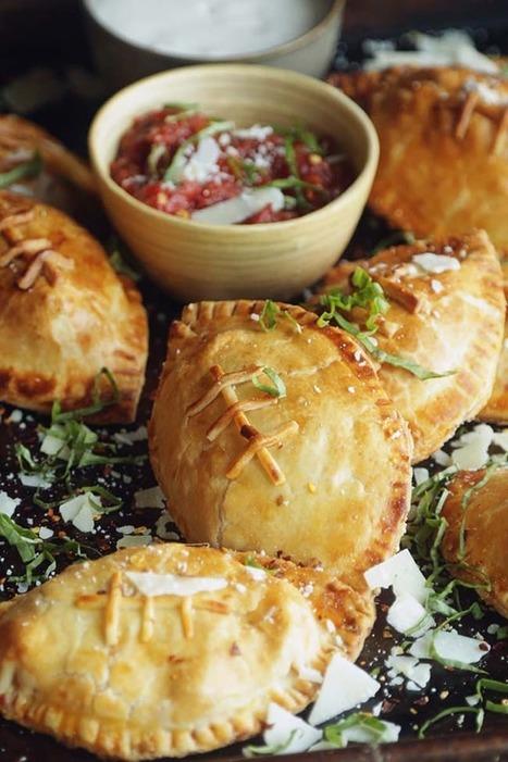 10 Super Bowl Snacks That Look Like Footballs — Sportsball Cheeseball | ♨ Family & Food ♨ | Scoop.it