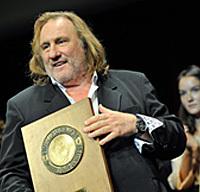 Photos : Gérard Depardieu reçoit le prix du Festival Lumière 2011 | LYFtv - Lyon | Scoop.it