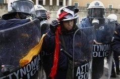 Greek Police Union Threaten to 'Arrest' EU/IMF Officials | The Great Transition | Scoop.it
