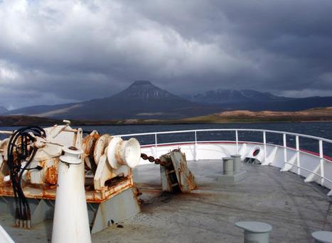 Aux îles Kerguelen: 6 février   Oeuvres ouvertes   Scoop.it