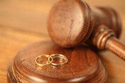 Un juge traitant un cas de divorce envoie à l'épouse une demande d'amitié sur Facebook... | E-Réputation des marques et des personnes : mode d'emploi | Scoop.it