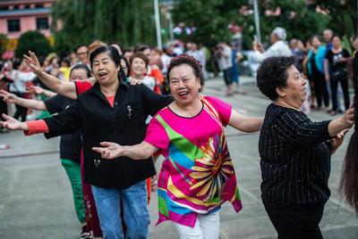 La Chine dit adieu aux préfectures pauvres, pas encore à la pauvreté