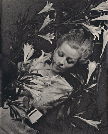 Ilse Bing - Salut de Schiaparelli | VIM | Scoop.it